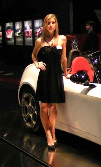 Salon de auto paris 2012 hotesse photo les plus belles for Salon photo paris